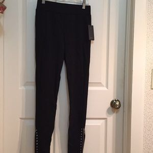 Guess midrise studded leggings sz small NWT